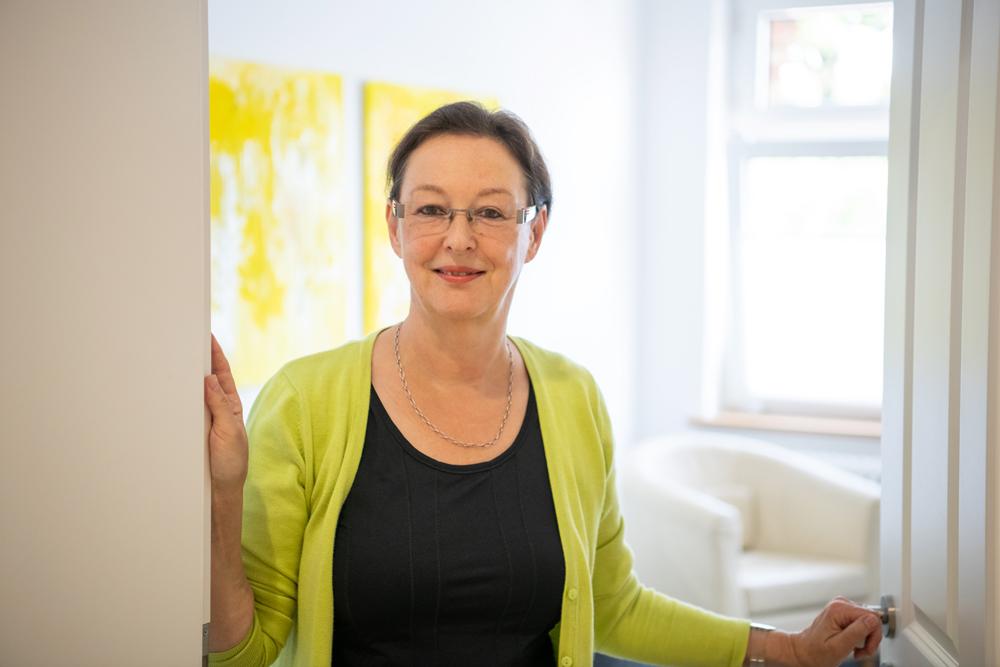 058-Dr-Ursula-Neidhardt
